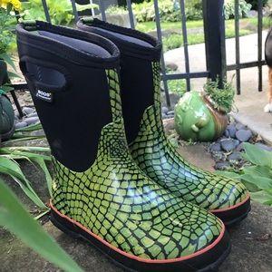Bogs Waterproof boots with lizard print